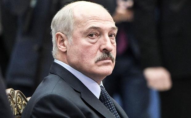 По словам госсекретаря СБ Белоруссии, непосредственное участие в разрешении этого вопроса принял президент страны Александр Лукашенко.