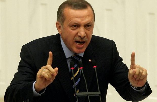 Эрдоган 12 февраля обвинил Дамаск и Москву в срыве соглашения по урегулированию ситуации в Идлибе.