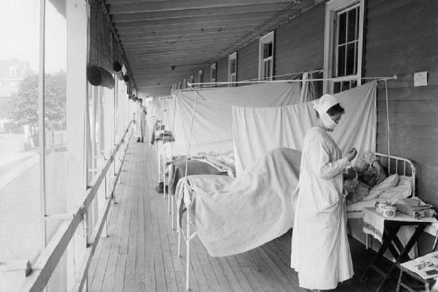 Окончательный итог вспышки черной оспы в Москве — 45 заболевших, из них трое умерших.