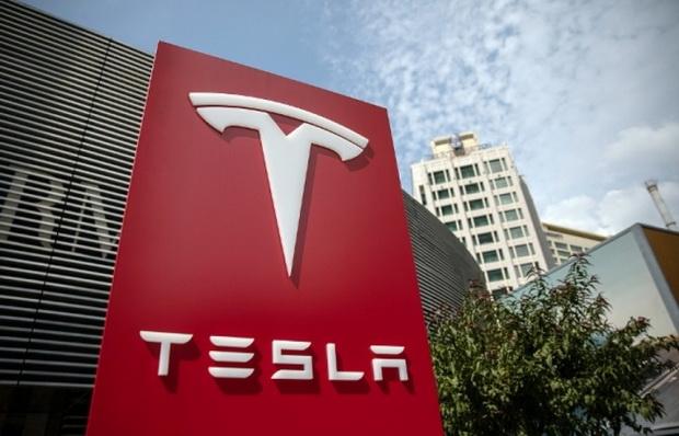 Tesla в Китае1