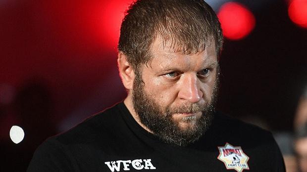 В четверг Емельяненко принял вызов Кадырова, предложив главе Чечни выбрать правила и место проведения боя. В качестве одной из целей поединка боец назвал пропаганду спорта и здорового образа жизни.