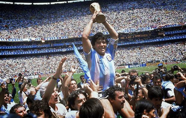 В общей сложности, Марадона сыграл 492 матчей, в которых забил 258 гола.