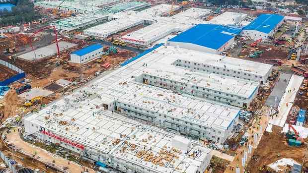 В Китае за 10 дней построили больницу на 1000 коек для больных коронавирусом