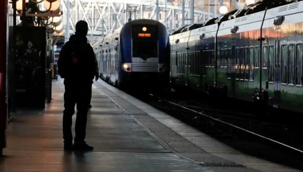 Парламент Франции утвердил законопроект о введении чрезвычайного положения