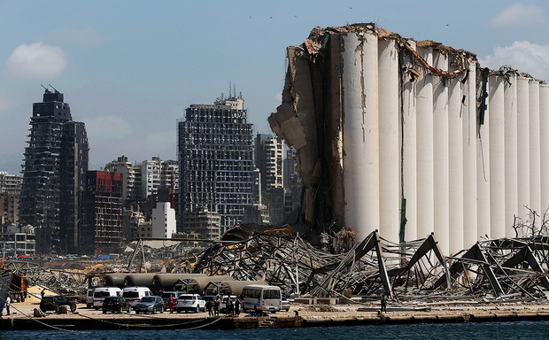 Ранее власти Бейрута допускали, что потери от катастрофы могут вырасти по сравнению с первоначальными оценками в $3-5 млрд и достигнуть $15 млрд.