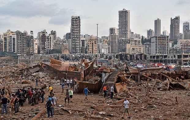 Ущерб от взрыва в порту Бейрута оценили более чем в $15 млрд