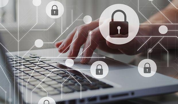 В ближайшее время интернет-сайты госучреждений, банков и прочих ключевых организаций могут быть заблокированы из-за санкций.