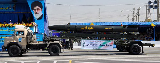 """Представитель вооруженных сил Ирана ответил, что ракетные испытания """"проводятся для обороны"""" и будут продолжены."""