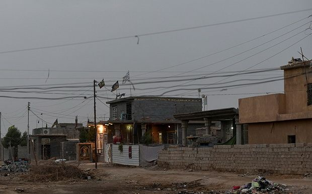 Reuters сообщает, что в иранской провинции Керманшах в результате землетрясения погибли не менее 30 человек