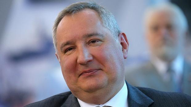 Реагируя на информацию, глава «Роскосмоса» Дмитрий Рогозин попросил Счетную палату провести проверку предприятий отрасли и утвердил план по противодействию коррупции на 2018-2020 годы.