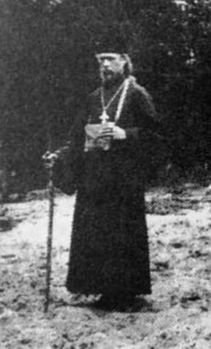 Выходец из крестьянской семьи Тверской губернии иеромонах Амвросий (Матвеев) был ветераном Русско-японской войны