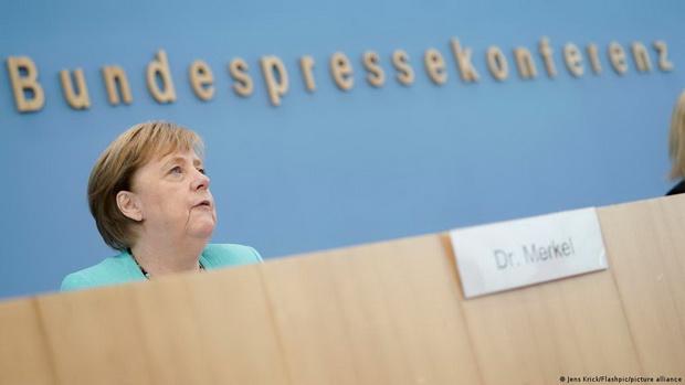 Меркель заявила о начале переговоров по транзиту газа через Украину