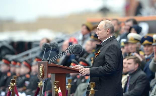 Путин в своей речи на 9 мая поведал о «недобитых карателях» и «идеологии нацизма» на Западе