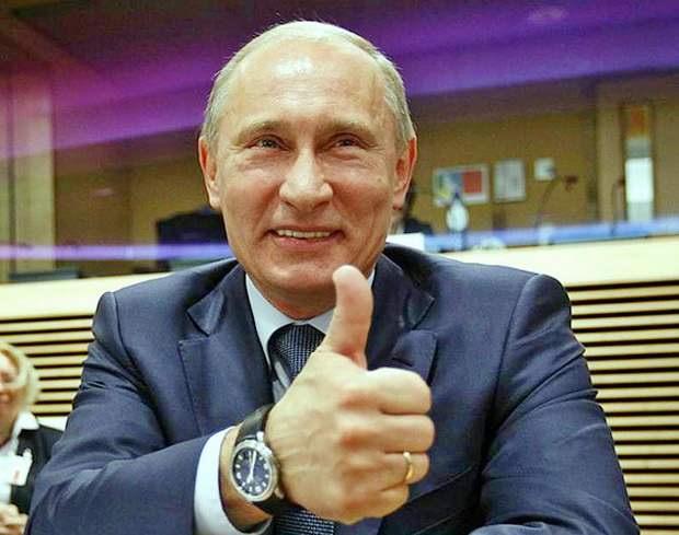 Путин разрешил находиться на госслужбе лицам с иностранным гражданством