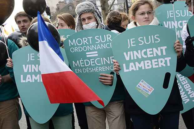 Во Франции возбудили дело после эвтаназии парализованного мужчины