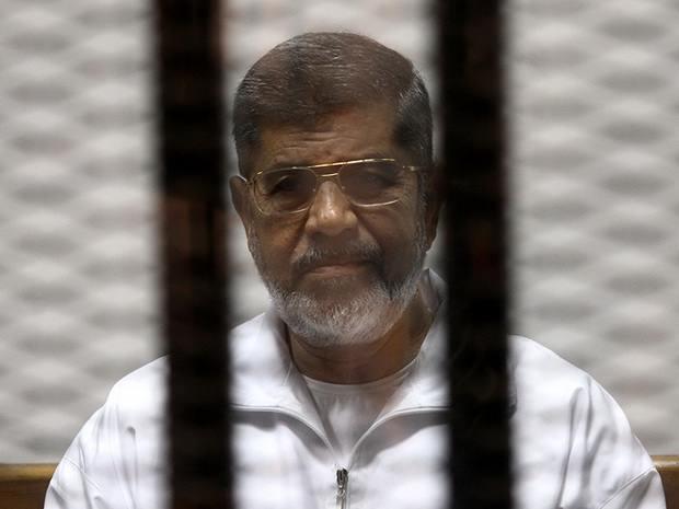 Суд отменил смертный приговор экс-президенту Египта Мухаммеду Мурси