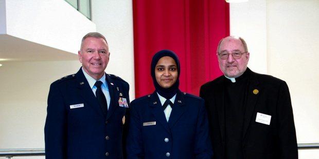В армии США появилась первая женщина в должности мусульманского капеллана