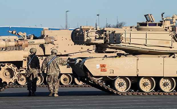 Сотни танков из США прибыли для размещения в Восточной Европе