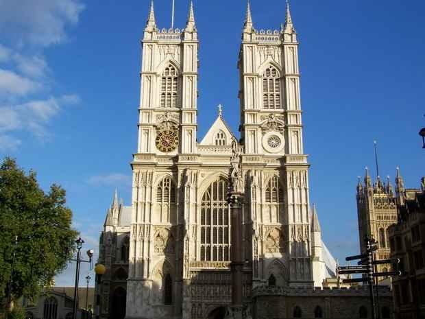 Церковь Англии отказалась изменить свое отношение к однополым бракам