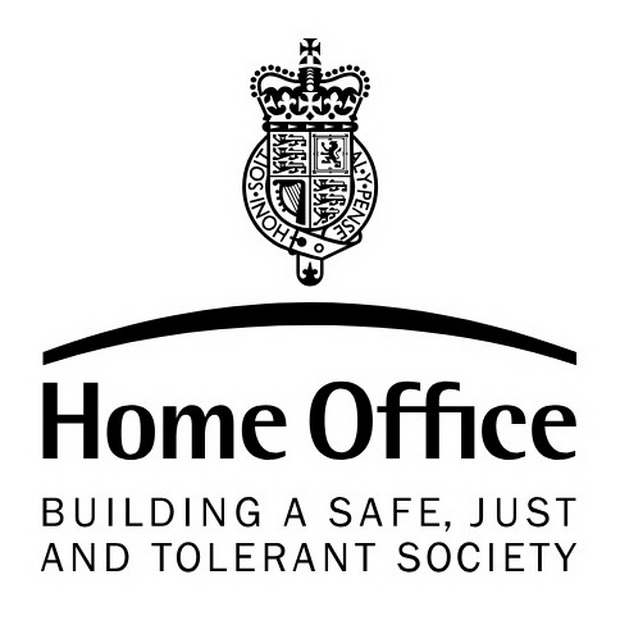 Британские власти отказали в убежище иранцу, перешедшему из ислама в христианство