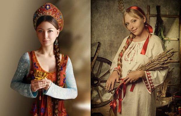 Незамужняя девушка носила одну косу, а когда у нее появлялся жених, вплетала в косу яркую ленту.