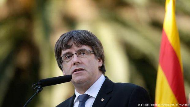 Если Мадрид выполнит угрозу лишить Каталонию статуса автономии, то Каталония провозгласит полную независимость от Испании, заявил глава региона Карлес Пучдемон.