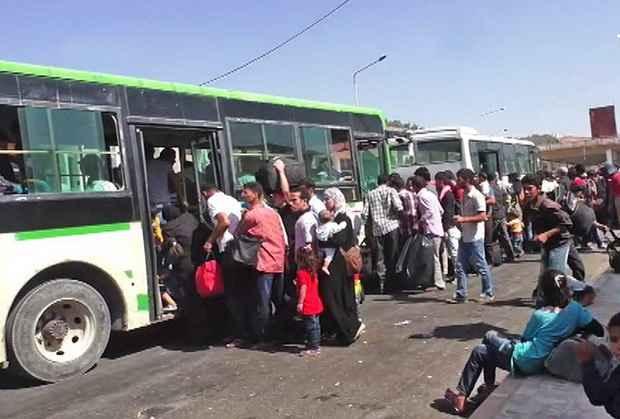 На турецкой границе сирийских беженцев отгоняют выстрелами