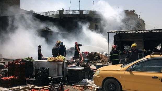 По меньшей мере 50 человек стали жертвами двух атак боевиков на юге Ирака, более 80 получили ранения.