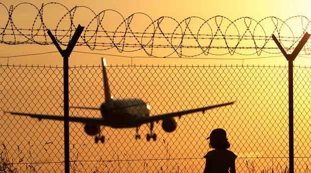 ЕС запретил полеты белорусских авиакомпаний в своем воздушном пространстве