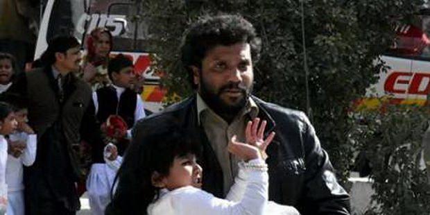 Толпа из 50 мусульман избила христиан, защищающих церковь в Пакистане