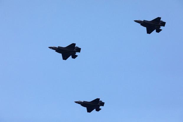 Турки в отместку США задумались над покупкой российских истребителей Су-57