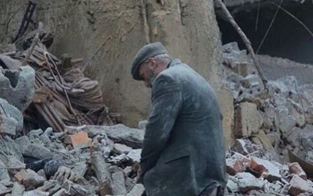 Президент страны Энрике Пенья Ньето распорядился эвакуировать поврежденные больницы.