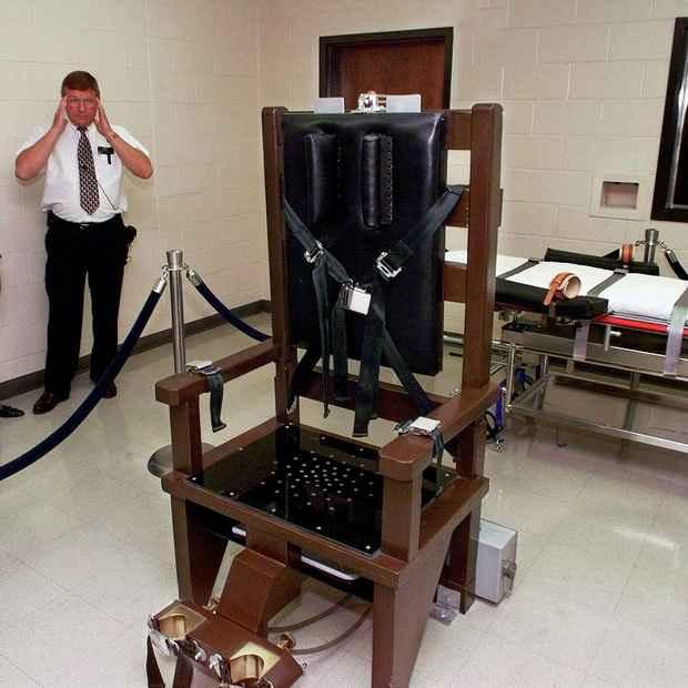 В США  разрешили казнить преступников не только через инъекции