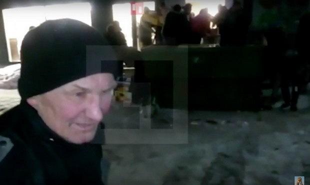 Жители Рязани устроили бешеную давку из-за бесплатной выпивки