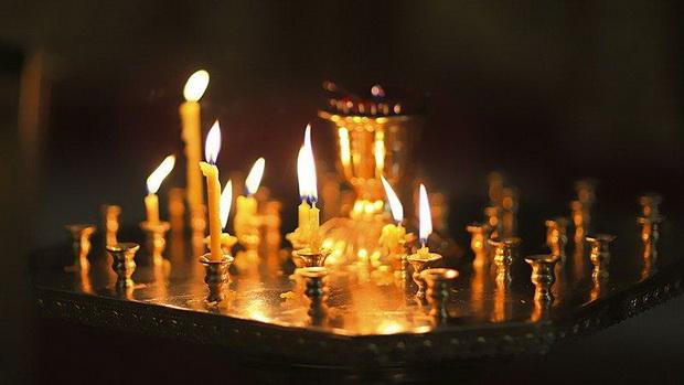 Сколь велика глубина чувства покаянного в каноне св. Андрея Критского, столь же высока святость чувства христианского в каноне Светлого Воскресения.