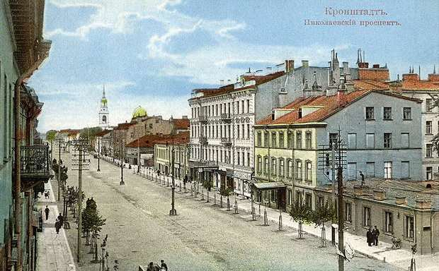 Интерес к личности протоиерея Иоанна Сергиева привлекал в Кронштадт тысячи паломников