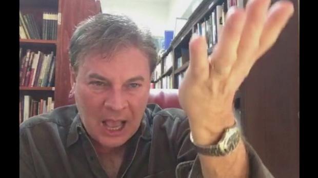 ачиная с 7 сентября, Ланс Уолнау (Lance Wallnau), проповедник правого толка, каждый вечер размещал в социальной сети Periscope видеоролики молений