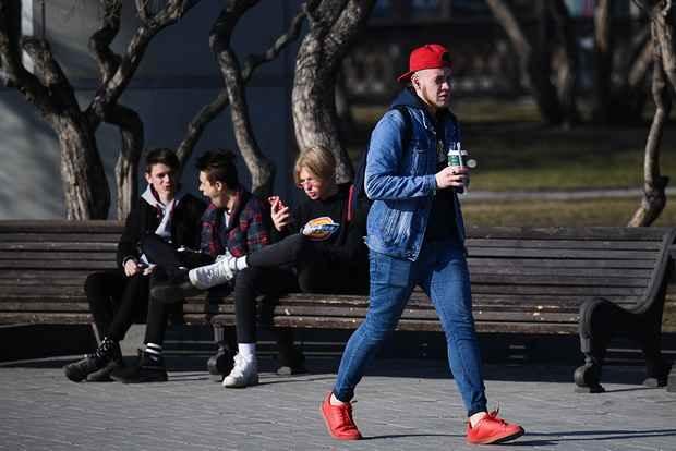 Дума приняла закон о повышении возраста молодежи до 35 лет включительно