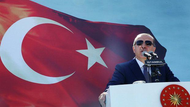 Эрдоган осудил Макрона за идею «просвещенного ислама»