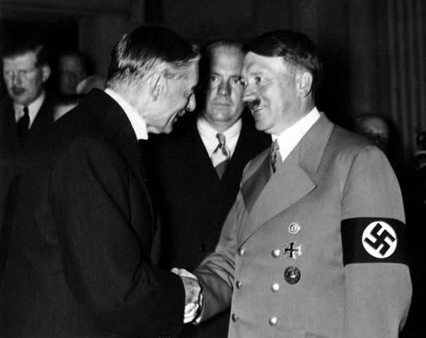 60-й Премьер-министр Великобритании 1937—1940 гг. Артур Невилл Чемберлен в Мюнхене