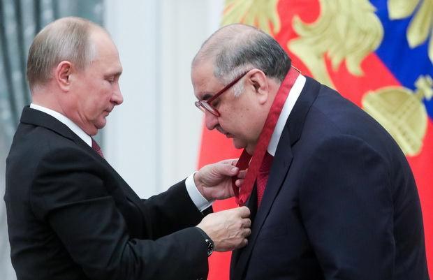 Олигарх Усманов получил пятый орден из рук Путина