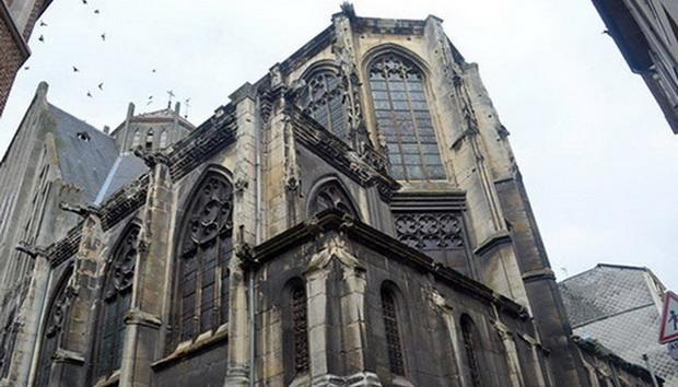 Церковь Сен-Никес, которая является важной частью исторического и культурного наследия Руана, может вскоре стать... залом пивного ресторана.