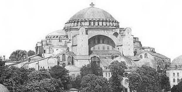 крест над Святой Софией