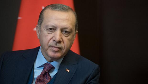 В середине сентября президент Турции Реджеп Тайип Эрдоган сообщил о заключении сделки о покупке у России зенитно-ракетных комплексов С-400