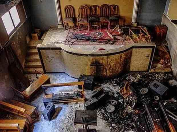 В Египте радикальные мусульмане разрушают дома христиан-коптов