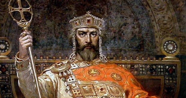 Первым был князь Владимир Великий.