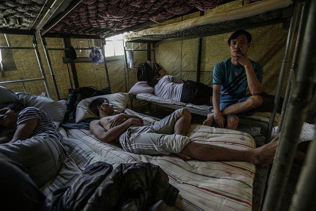 В конце 2016 года очередным громким случаем стал побег из магазина на Новосибирской улице еще одной рабыни – 20-летней Несибели Ибрагимовой, уроженки Казахстана.