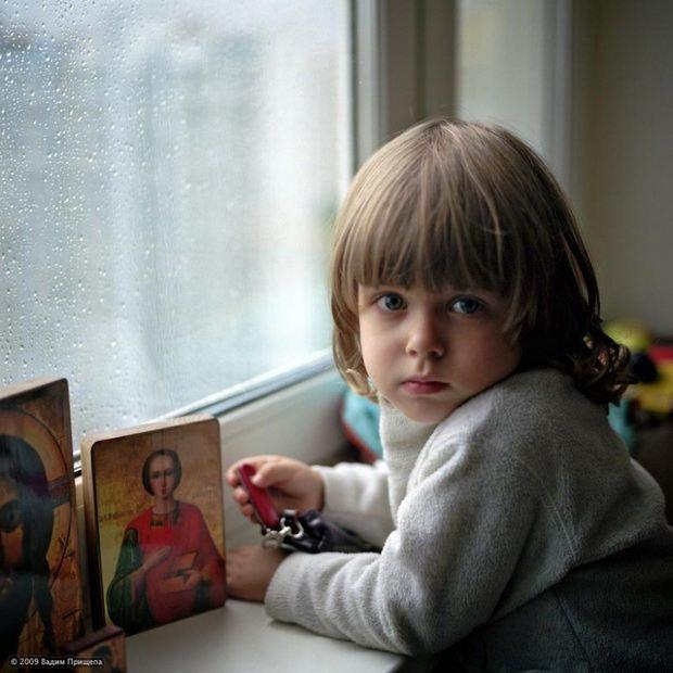Доводите ребенка до мысли о Божестве постепенно, скажите ему языком понятным