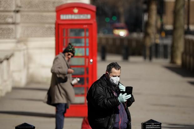 Новые антивирусные меры также включают единовременную выплату поддерживающего пособия в размере 500 фунтов стерлингов