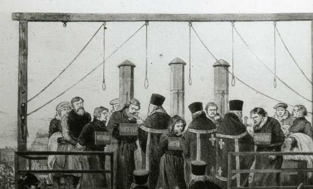 Николай Кибальчич, Софья Перовская и Андрей Желябов отказались от причастия, но Николай Рысаков и Тимофей Михайлов общались со священниками довольно долго.
